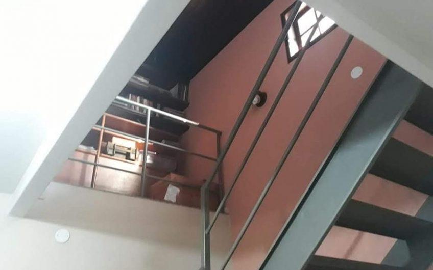 CASA NO CENTRO DE ITAIPUAÇU – COM ÁRVORES FRUTÍFERAS CHURRASQUEIRA 3 QUARTOS
