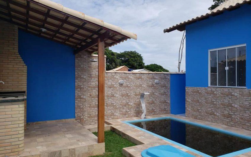 CASA COM PISCINA  +  ESPAÇO GOURMET EM UNAMAR – CABO FRIO 95 MIL